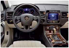 Фото Салона Volkswagen Touareg 2013