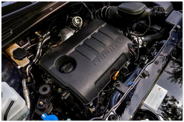 Фото двигателя  Hyundai ix35 2014 года