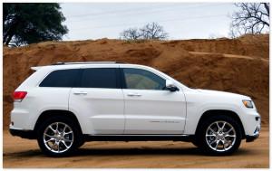 Jeep Cherokee 2014 года (вид сбоку)