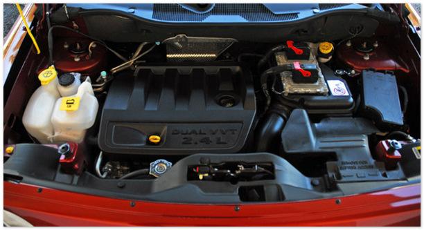 Фото двигателя Джипа Либерти 2014 года