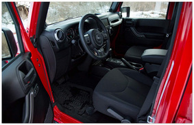 фото места для водителя  Jeep Wrangler Rubicon 2014