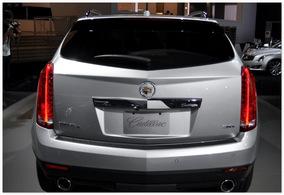 Cadillac SRX 2014 (вид сзади)
