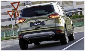 Ford Kuga 2014 (вид сзади)