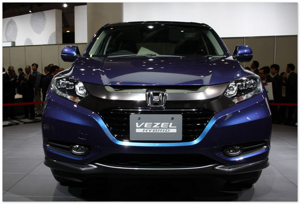 Хонда Везел 2014 (вид спереди)