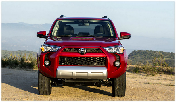 Toyota 4Runner 2014 (вид спереди)