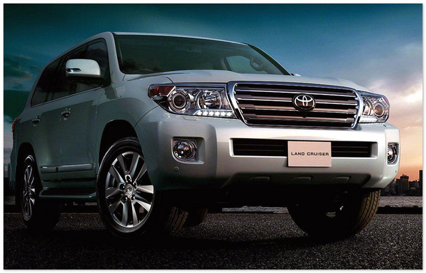 фото Toyota Land Cruiser 200