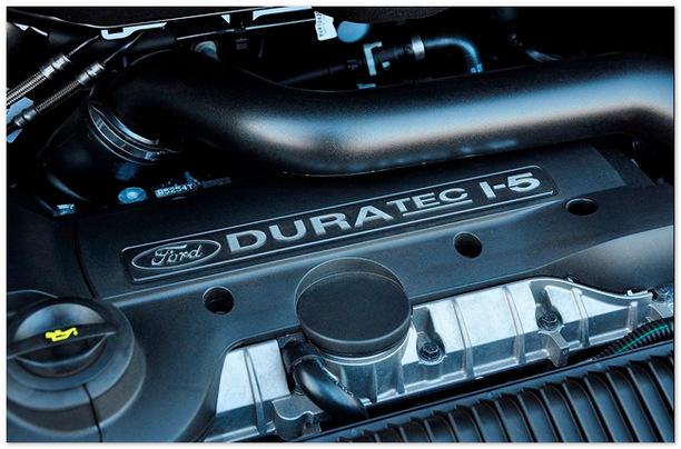 фото двигателя Форд Куга 2013-2014