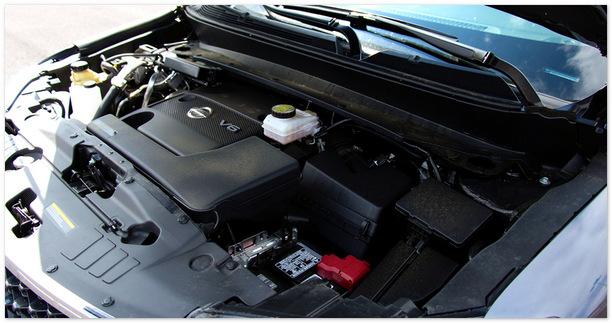 фото двигателя Nissan Pathfinder 2014