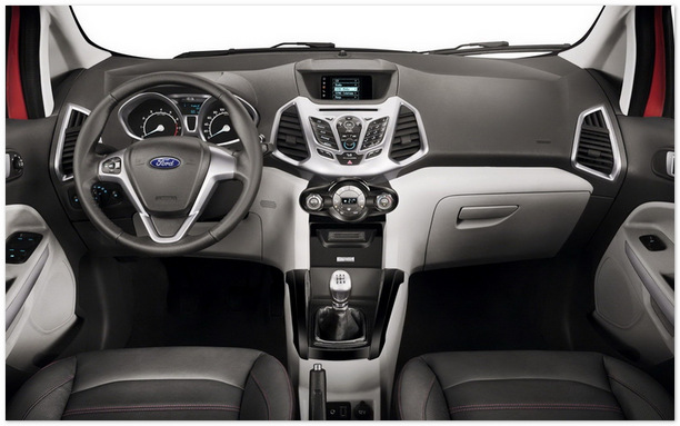 фото салона Ford Ecosport 2014