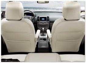 фото салона Land Rover Freelander 2