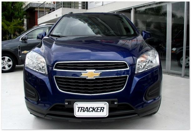 фото Chevrolet Tracker 2014 (вид спереди)