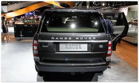 фото Range Rover Autobiography black (вид сзади)