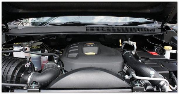 фото двигателя Шевроле Трейл Блейзер 2014