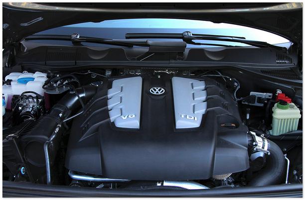 фото двигателя нового Volkswagen Touareg