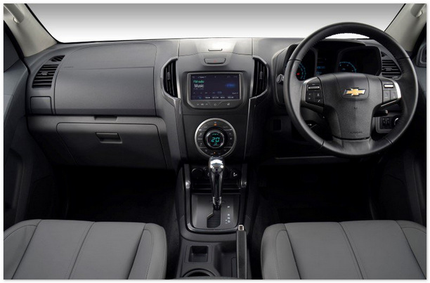 фото салона Chevrolet Trailblazer 2014