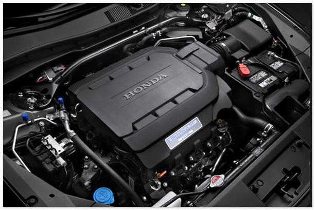 фото двигателя Хонда Кросстур 2014