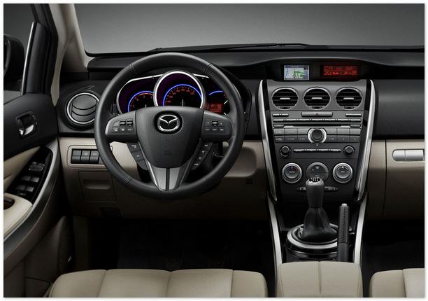 фото интерьера Mazda CX 7