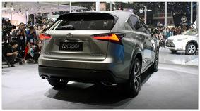 Lexus NX 200t (вид сзади)