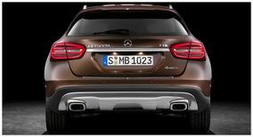 Mercedes GLA 2015 (вид сзади)