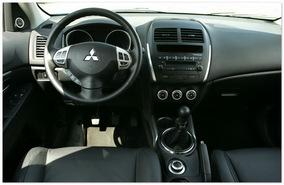фото салона Mitsubishi ASX