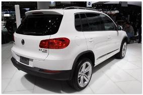 Volkswagen Tiguan (вид сзади)