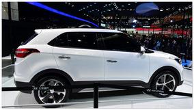 фото Hyundai ix25(вид сбоку)