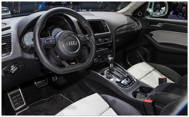 салон Audi SQ5
