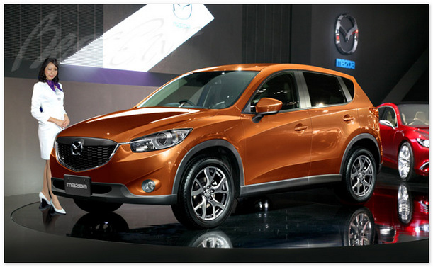фото Mazda CX-3 (вид спереди)
